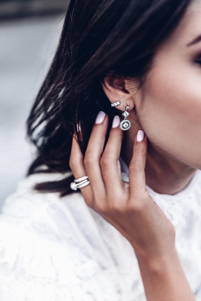 093eeacf2 pandora sparkling elegance earrings